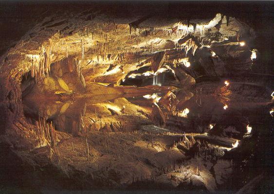 Lac souterrain de Lacave